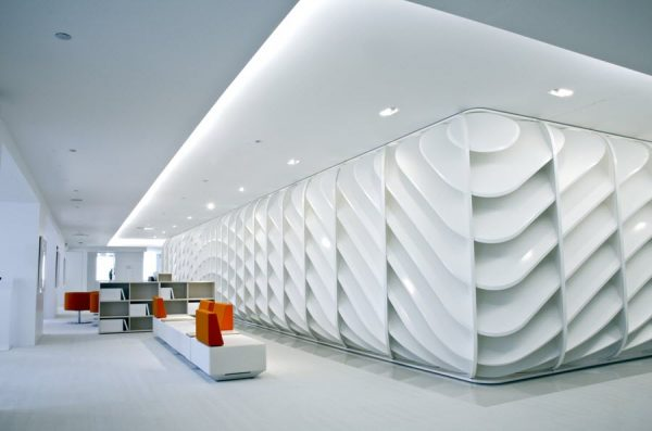 curvy wall design commercial interior
