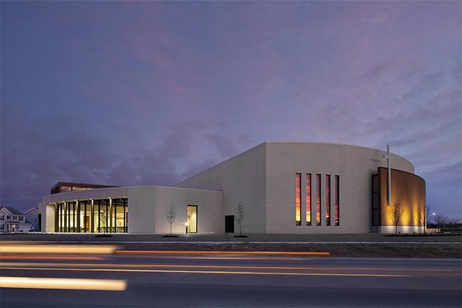 interiorlogic_homepage_secondary_blackhawk-church-fitchburg